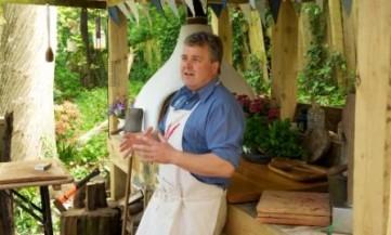 David in the Manna from Devon / Bushman Oven Kitchen