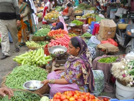 Colurful market in Udaipur