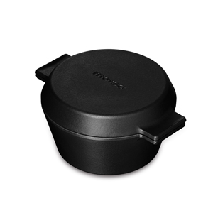 Cast iron casserole pan with griddle lid
