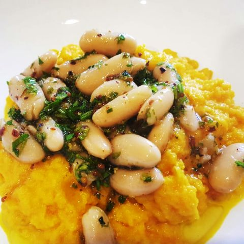 Slow-cooked carrots with White Bean, Parsley and Lemon Salad
